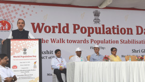 The Union Minister for Health and Family Welfare, Shri Ghulam Nabi Azad addressing the Flag off Ceremony of The Walk Towards Population