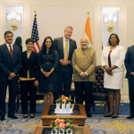 The Prime Minister, Shri Narendra Modi with the Mayor of New York, Mr. Bill de Blasio, in New York,